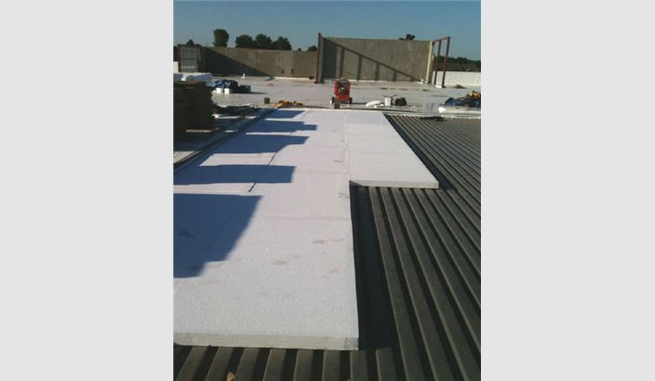 EPS insulation with a factory-laminated facer