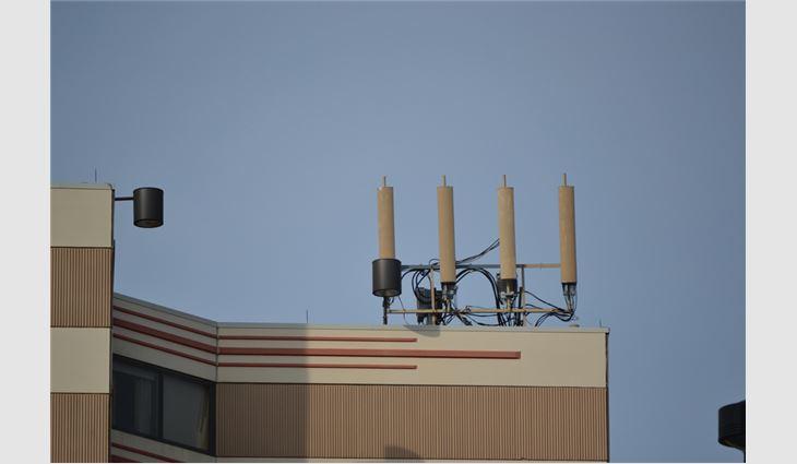 A common RF antennae array