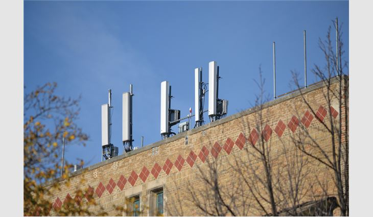 Another typical antennae array